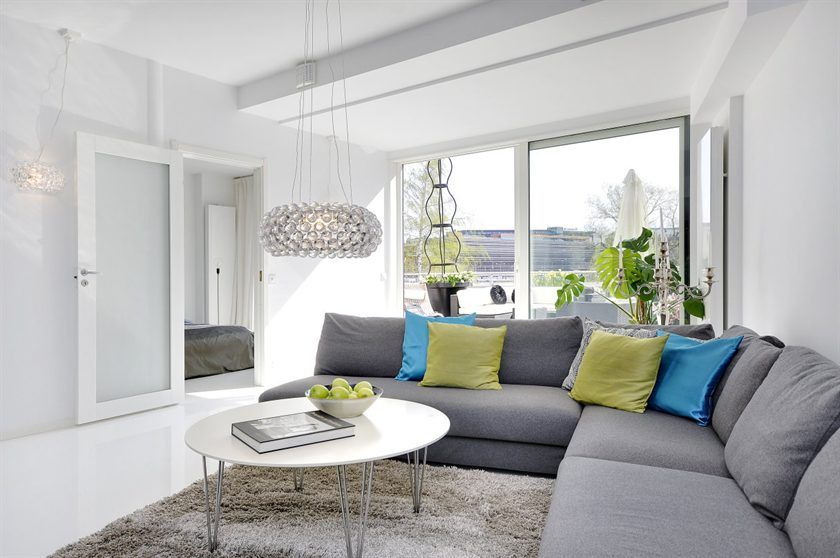 Scandinavian Design: Contemporary Three Bedroom Apartment in Stockholm in Stockholm