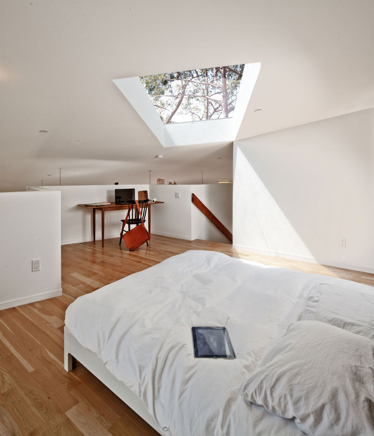 BIG & small House Anonymous Architects