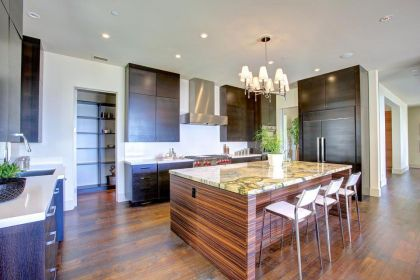 Spectacular Views #interiors #kitchen #diningroom