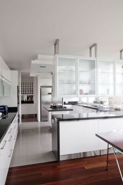 Casa Ovalle-Salinas #interiors #kitchen