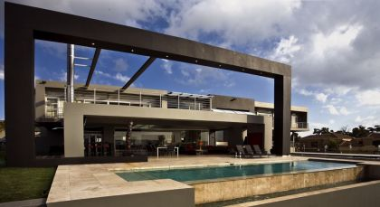 Joc House, a Dream Home in South Africa