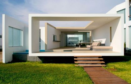 Beach House in Las Arenas