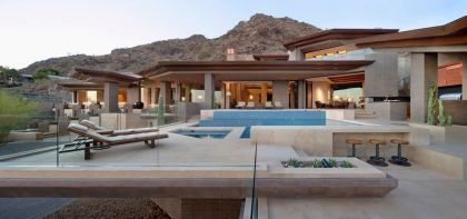 Home in Paradise Valley