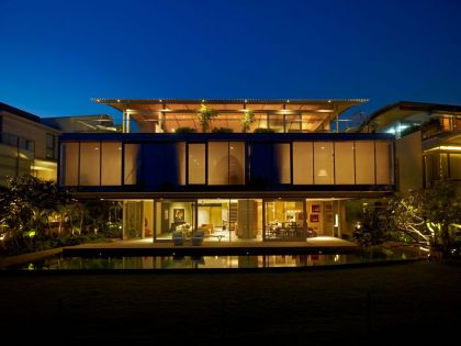 The Beacon House WOW Architects