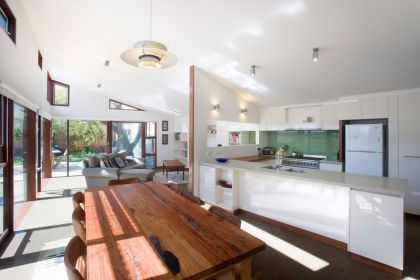 The Orrong Road House Breathe Architecture
