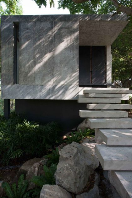 Hilltop House Openbox Company