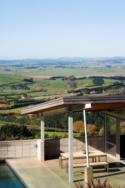 Foothills House Strachan Group Architects