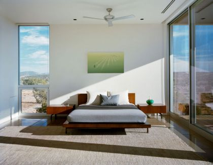 Hidden Valley Prefab in Moab Marmol Radziner