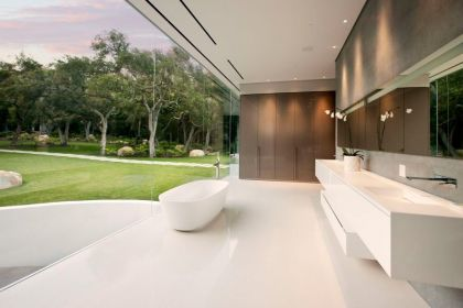 The Glass Pavilion, an ultramodern house