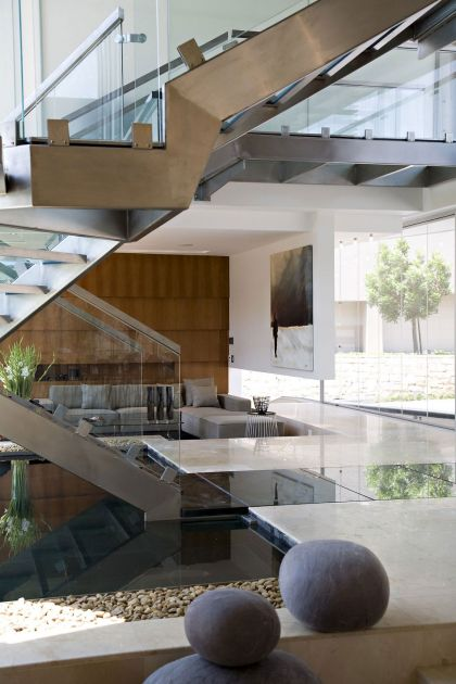Glass House Nico Van Der Meulen Architects