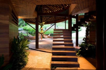 Leaf House in Brazil Mareines + Patalano Arquitetura