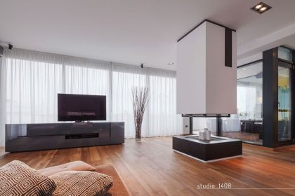 F Duplex Apartment