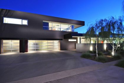 Energy Efficient Contemporary Home