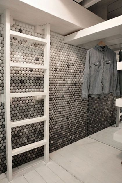 25,000 Ping-Pong balls for a Tiny Pied-à-Terre Snarkitecture