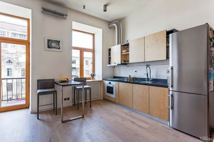 Open Studio Apartment in Kiev FILD