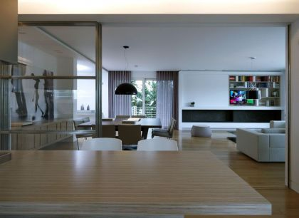 Apartment in Panorama-Voula Lm Architects