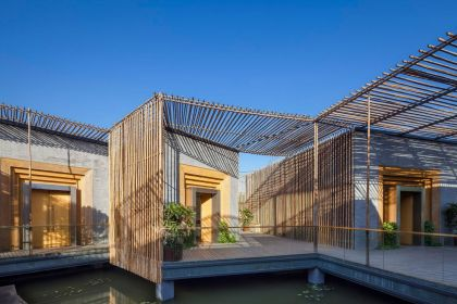Bamboo Courtyard House
