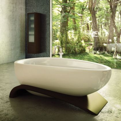 Viaggi bathtub #interiors #bathroom