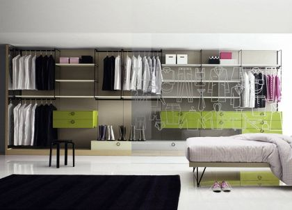 The Gradient walk-in wardrobe Go Modern