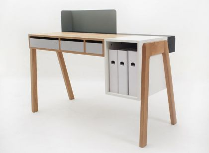Capa by Reinhard Dienes #product #furniture #desk