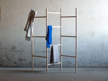Knock Down - Cloth Rack Jakob Jorgensen