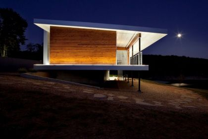 The Postcard House #architecture #modern #minihouse