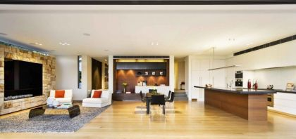 Warringah Road House