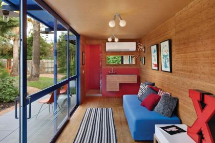 Container Guest House #interiors #container