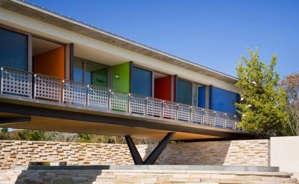 Case Study House inspired residence in Montauk, New York #architecture #hotel #balcony